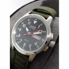 Citizen Eco-Drive Men's Watch Analogue Green Canvas Strap BM8180-03E Arabic Dial
