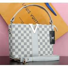 """branded imported bags  LOUIS VUITTON  Size : 8"""" by 10""""  Stylish Design"""